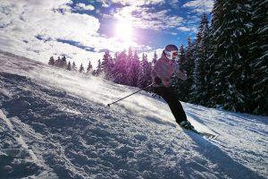 skiing-1723857_1920